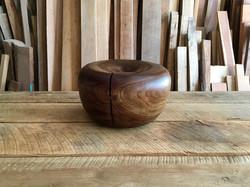 Walnut Form