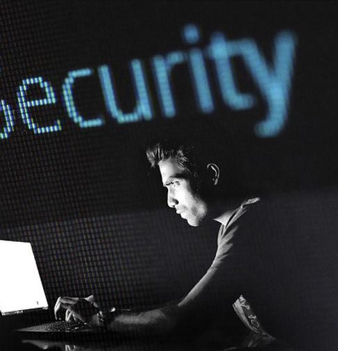 Garantierte Bereinigung und Wiederherstellung gehackter Firmen-Webseiten und Shopsysteme