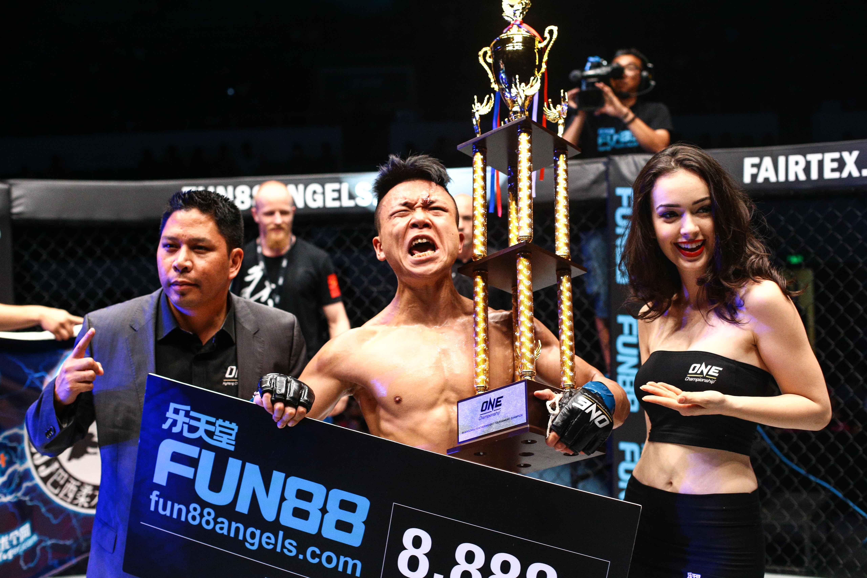 FUN88 x One FC Champion 02