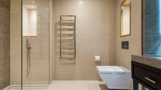 Strand - bath2.jpg