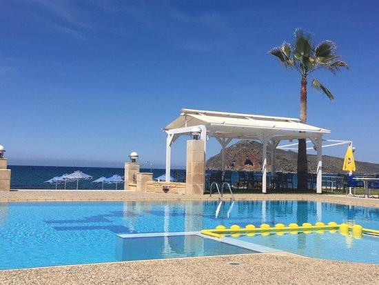 hotel-marina-sands.jpg