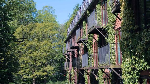 Bredbury-External-Hotel-Ivy.jpg