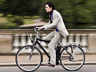 Can an electric bike improve your daily commute? Sure can... No sweat!