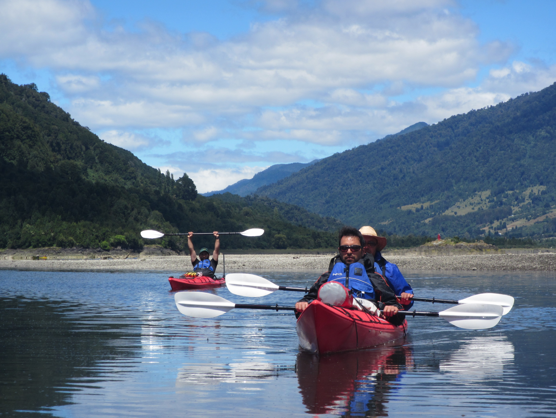 Kayak rio Cochamo Patagonia