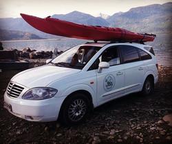 Auto Jass Puerto Varas con kayak