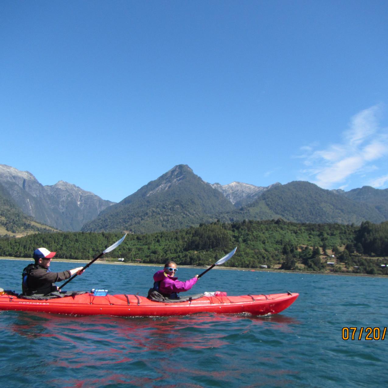 Remar en kayak doble