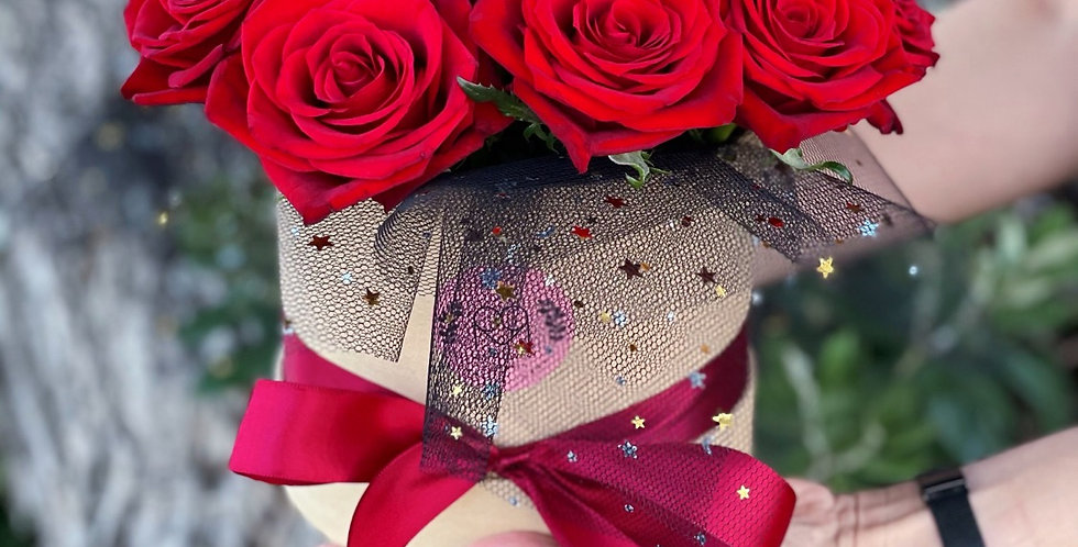 Red Roses exclusive Box