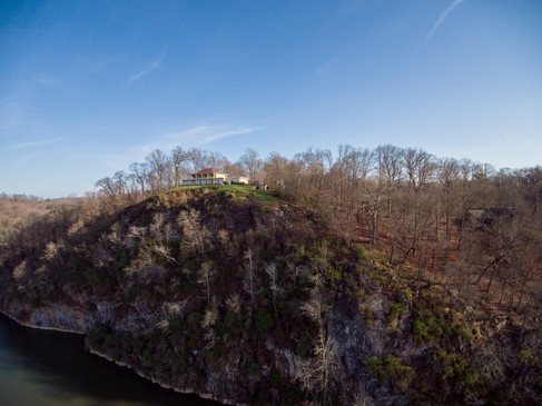 Hill overlooking Tennessee River at Sequoyah Park