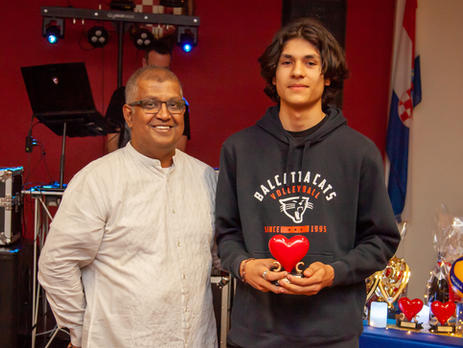 Suvas Lobo with Cats Courage award winner Alistair Carlson