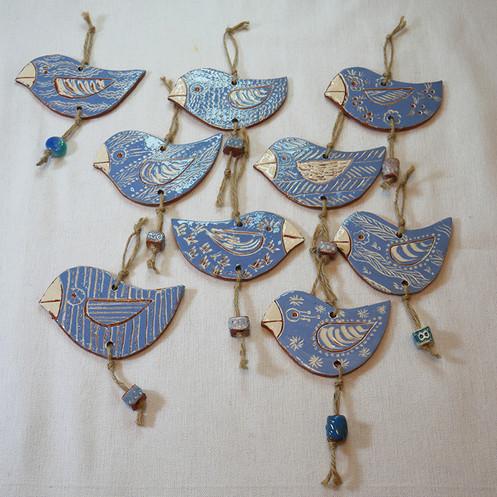 פיסול קרמי / מובייל ציפורים כחולים