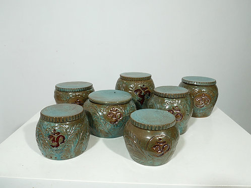 Clay Pots with original Patterns
