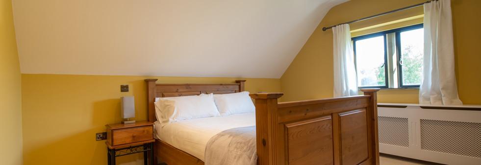 MainHouse  - Bedroom 7 (1).jpg