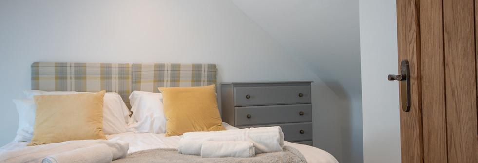 Henmore Bedroom 1.jpg