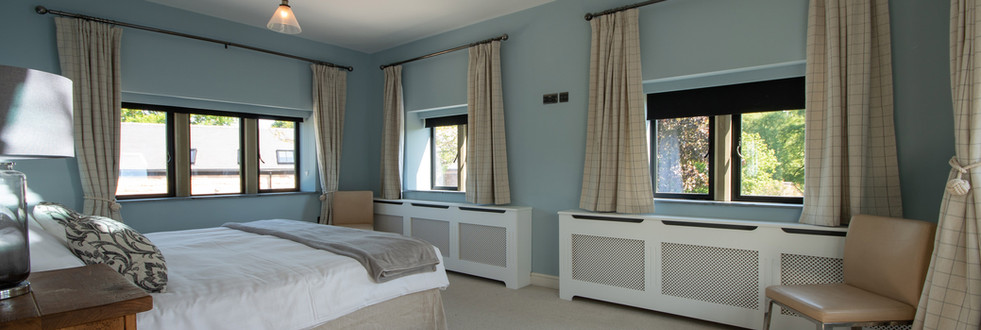 Main House - Bedroom 1 (3).jpg