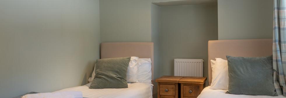 Dovedale bedroom 2 .jpg