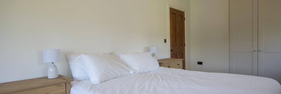 Main House - Bedroom 2 (3).jpg