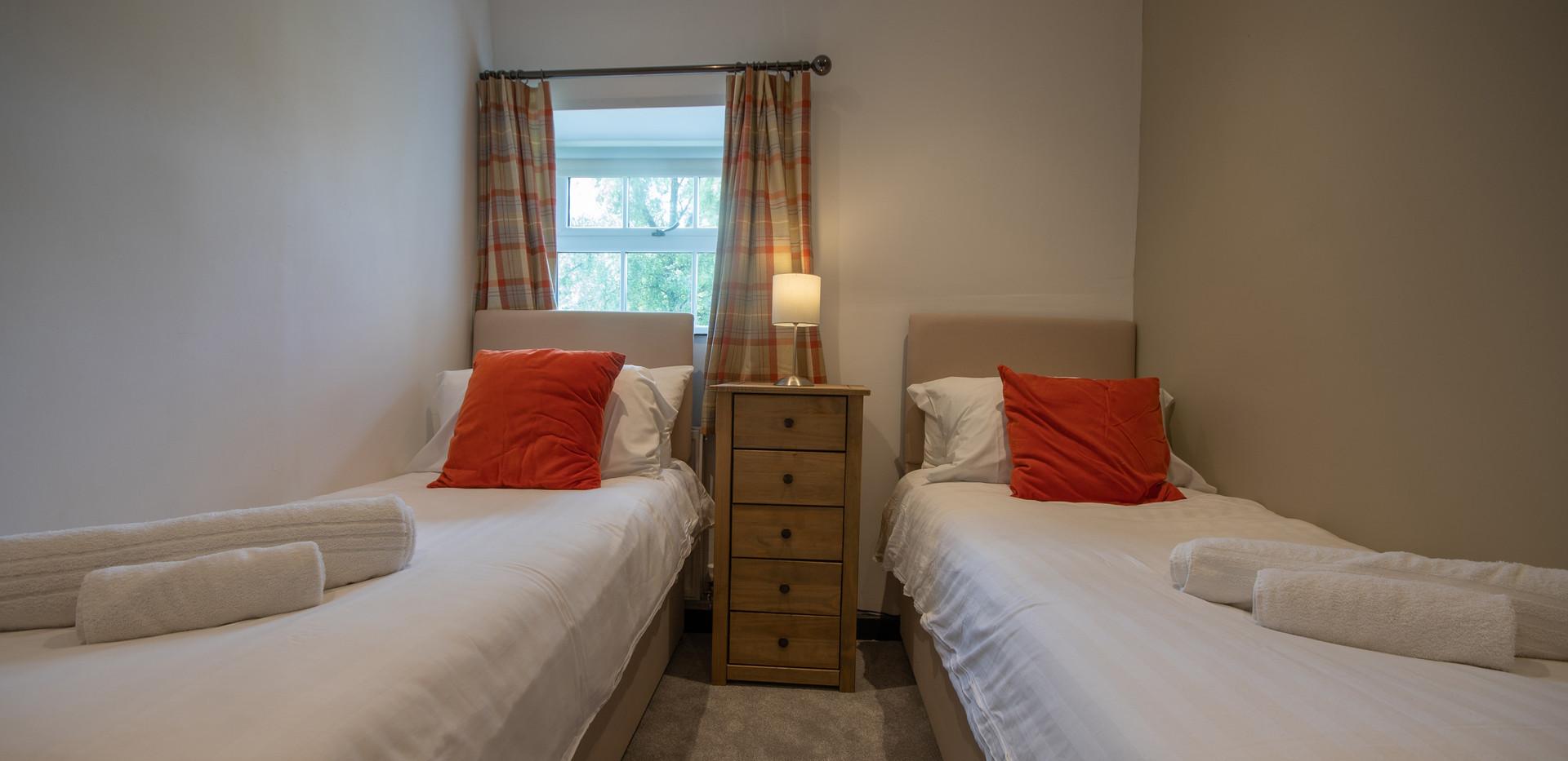 Lathkill Bedroom 2 (1).jpg