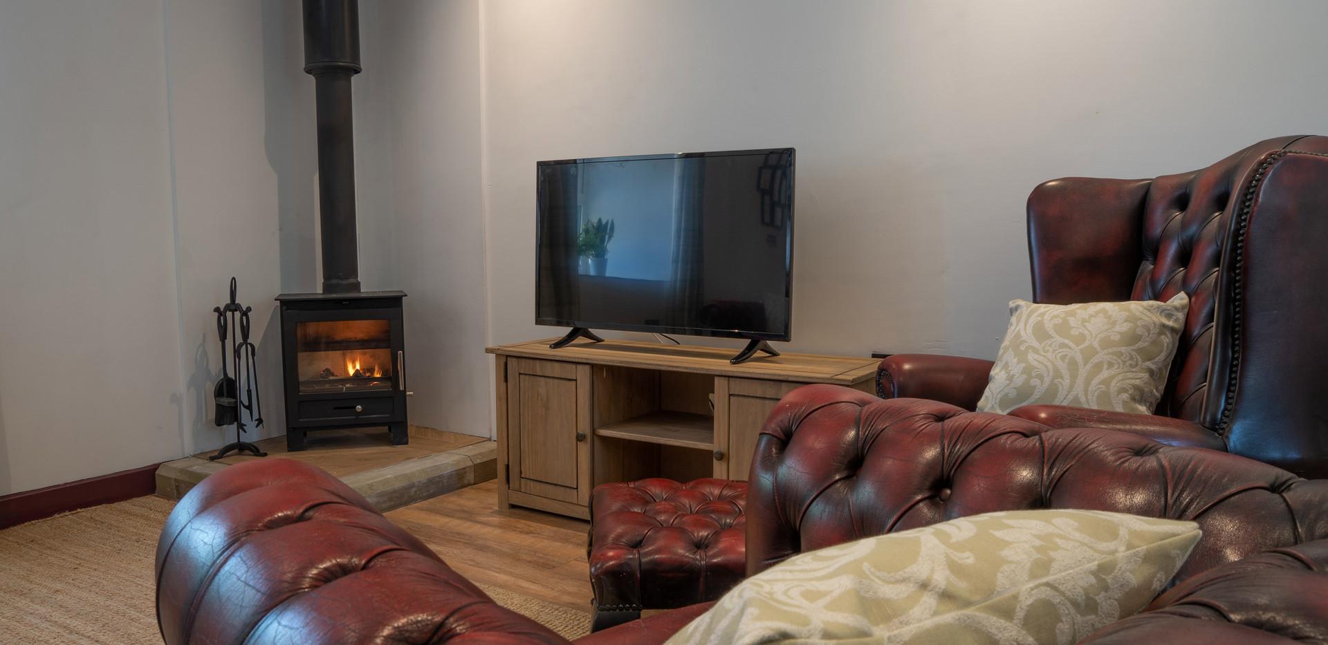 Summer living room 3.jpg