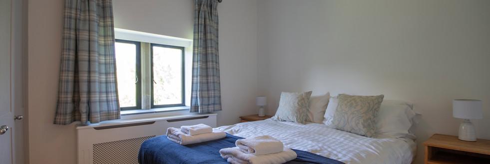 Main House - Bedroom 3 (2).jpg