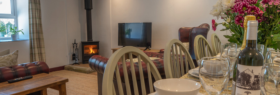 Summer Living Room 2.jpg