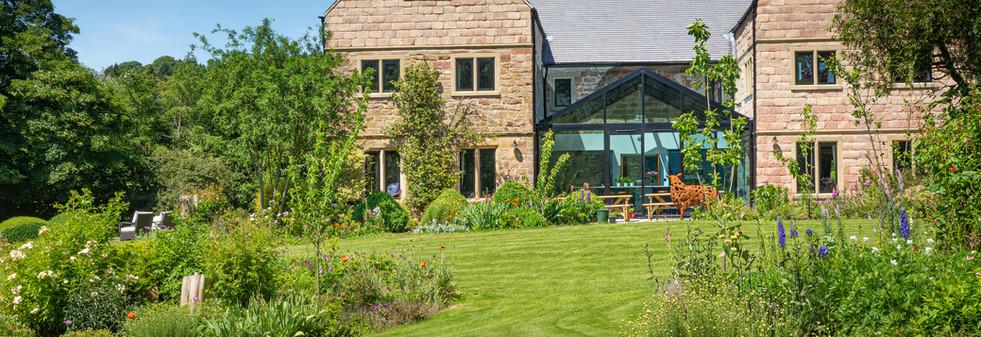 Main House - Gardens (10.jpg