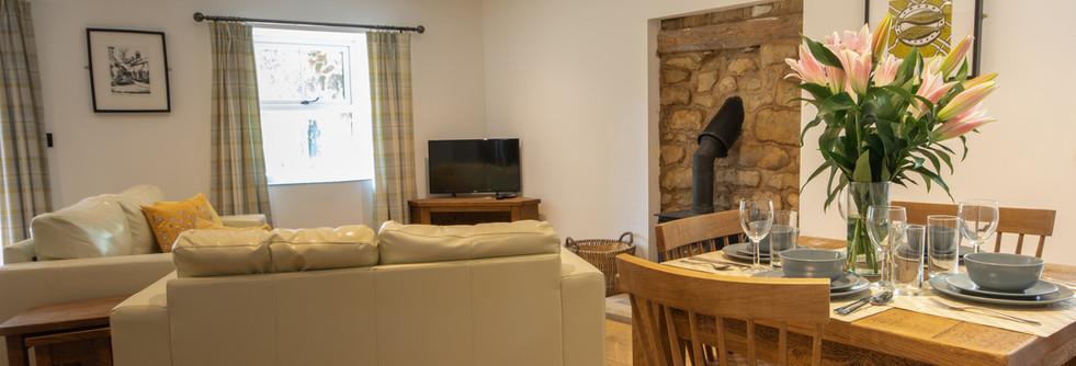 Henmore living room (2).jpg