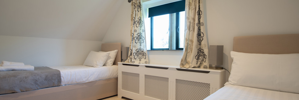 Main House - Bedroom 8 (1).jpg