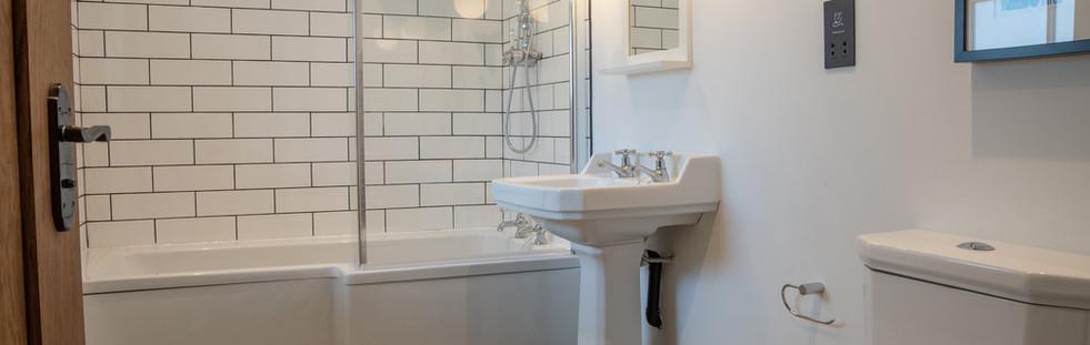 Derwent Bathroom.jpg