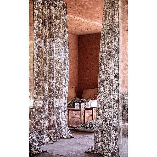 curtain-mahe.jpg