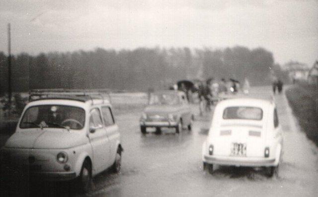 Imola, zona Rivazza. Foto alluvione 4 novembre '66-2
