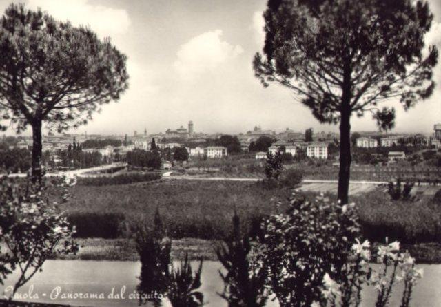 Imola, Fiume Santerno dal circuito. Cartolina Anni '50