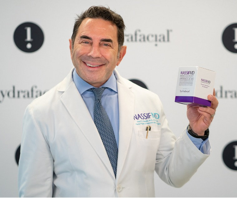 Tilbud! HydraFacial Dr Nassif Fukt Boost