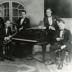 Paul Whiteman's Saxophone Sextette