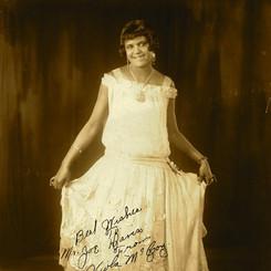 Viola McCoy, 1924