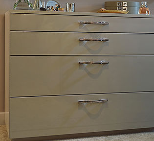 Pluckley Bedroom Chest Image 1.jpg