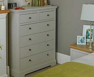 Chartwell Bedroom Chest Image 2.jpg