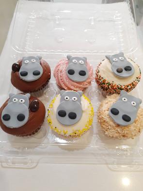 Hippo Cupcakes.jpg