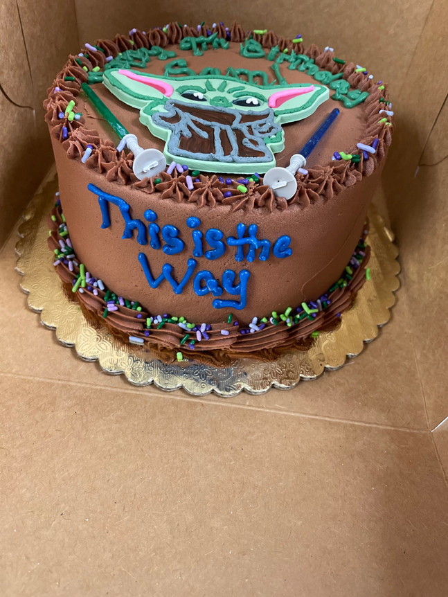 Baby Yoda Birthday Cake.jpeg