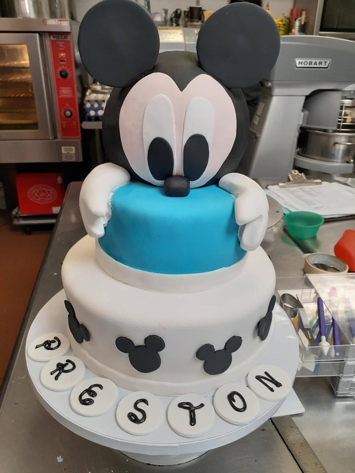 Mickey Mouse Cake.jpg