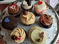 Valentines day upcakes II.jpg