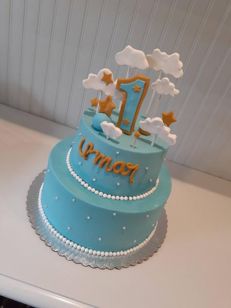 Cloud Birthday Cake.jpg