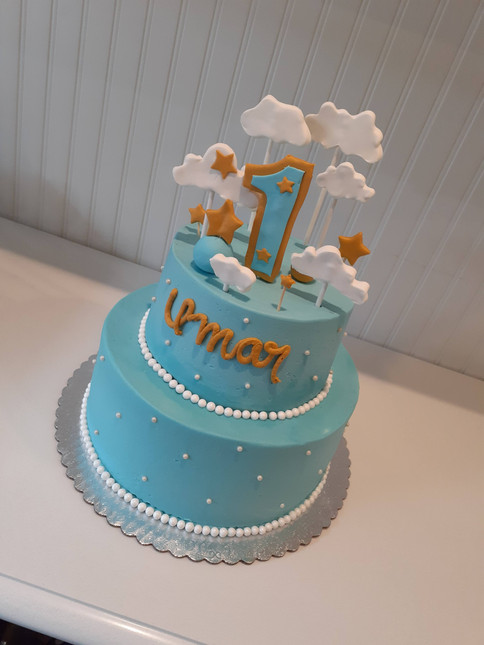 Cloud Birthday Cake.jpg