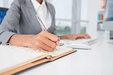 Administrative-Assistant-Job.jpg
