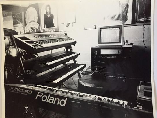 Jack Antkowiak - Keyboard Rig-1990 vaporvoyce.com