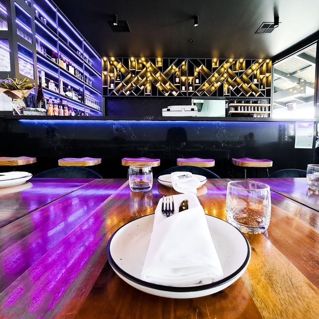 David Tomic Loft 22 feature bar