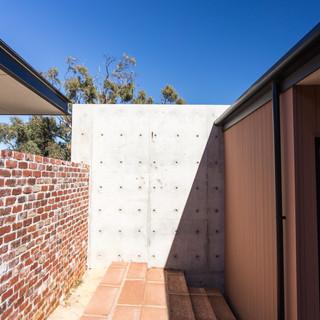 Concept Building Design_Perth Hills Residence_precast concrete