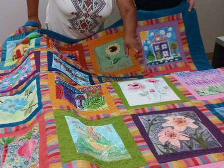 Fiber Guild Creates a Beautiful Quilt for Fundraiser