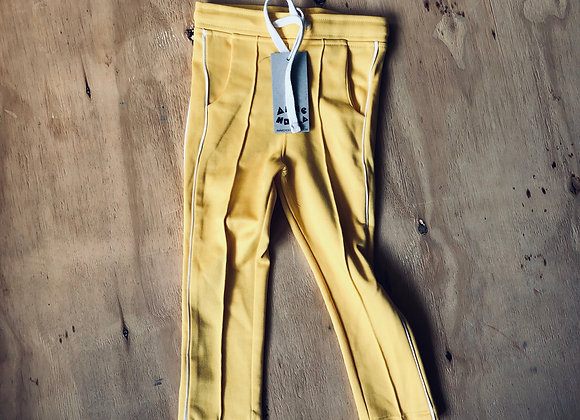 Ammehoela Track pants Yellow maat 86/92
