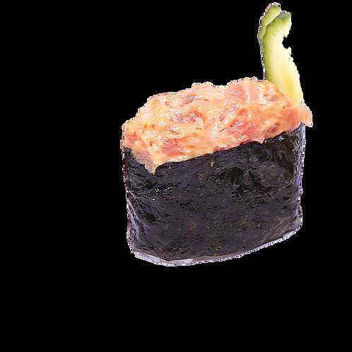 Острые с копчёным лососем