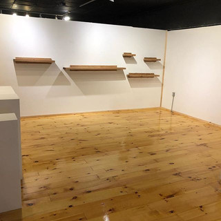Gallery is empty and ready for the new s